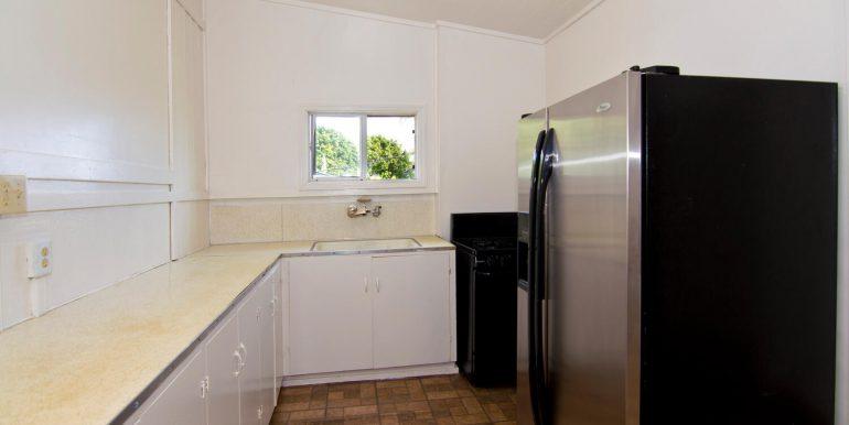 Old Hawaii Style House for-large-020-014-Ohana Kitchen-1500x998-72dpi