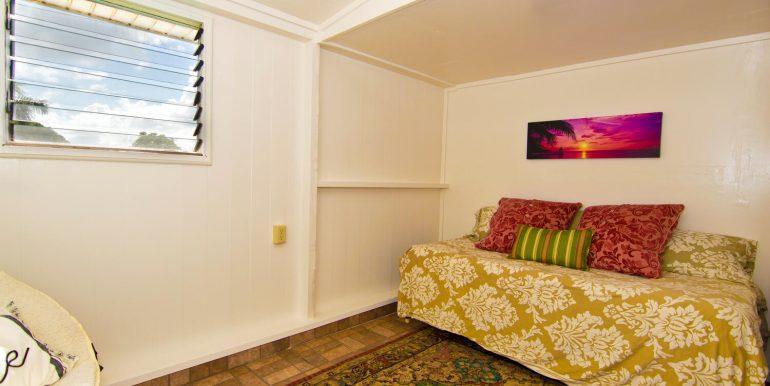Old Hawaii Style House for-large-021-022-Ohana Bedroom 1-1500x998-72dpi