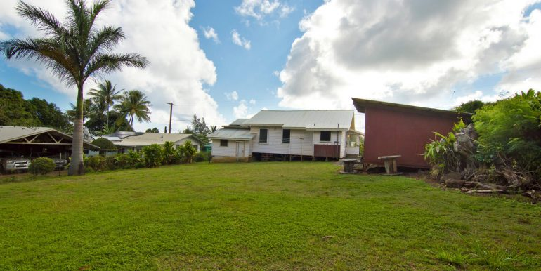 Old Hawaii Style House for-large-026-029-Back Yard-1500x998-72dpi