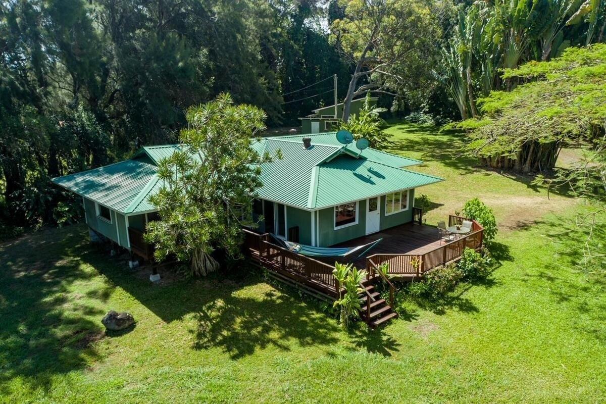Kahei Homesteads Plantation Style Home